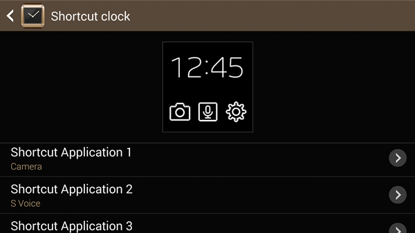 We find the shortcut clock to be the most practical one of the lot as you can quickly access three apps right after you turn on the screen of the Samsung Galaxy Gear.