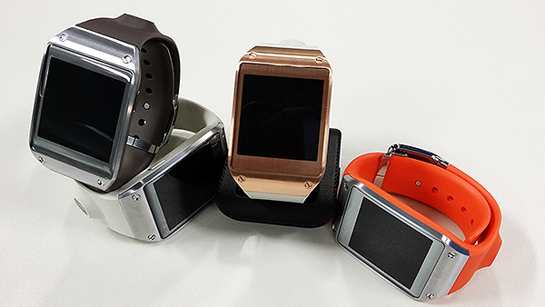 Most of the color options available for the Galaxy Gear were displayed at the event.