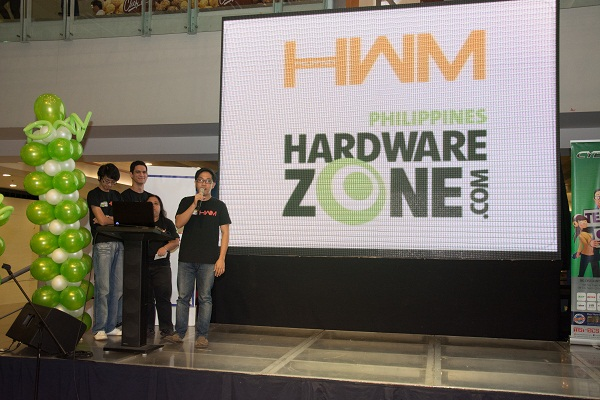 Representatives of HWM Philippines and HardwareZone.com.ph shared with the attendees recent technology updates at the Techno.Life seminar in SM Megamall.