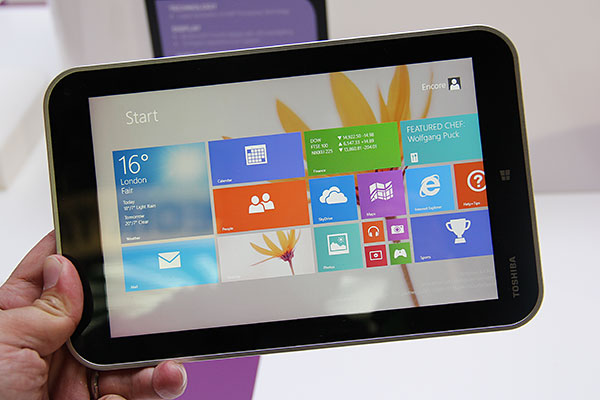 The Toshiba Encore has an 8-inch screen with a resolution of 1,280 x 800 pixels.