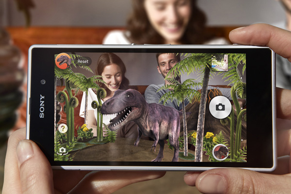 The new AR effect lets you overlay animations onto photographs.