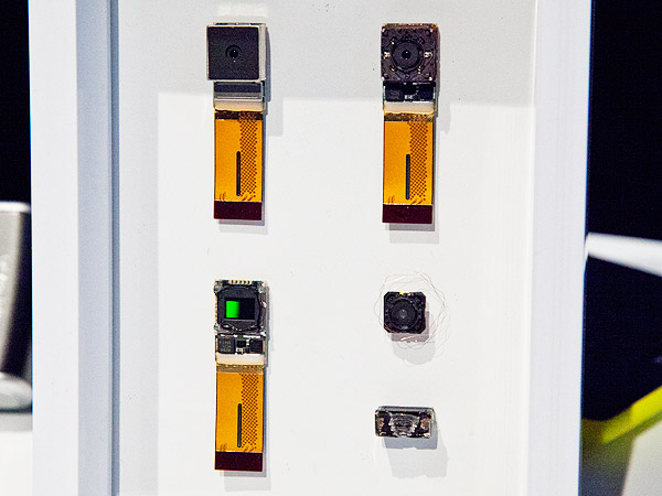 The Lumia 1520's camera module - deconstructed.