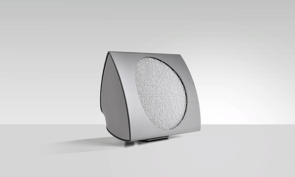 The BeoLab 17.