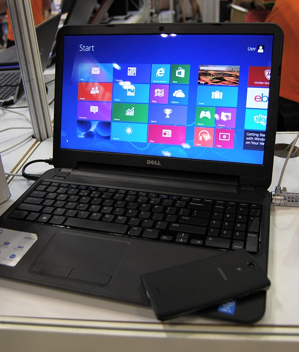 The Dell Inspiron 15 is one of the most affordable Haswell multimedia notebook around. Only S$799, it come with an Intel Core i5-4200U processor, 4GB RAM, 500GB HDD, a 15.6-inch standard-res display and is co-powered by an AMD Radeon HD 8670M GPU with 1GB VRAM. It even has a built-in DVD drive. For under S$800 and an accompanying carry bag, it's hard to beat this price for a complete low-cost multimedia notebook.