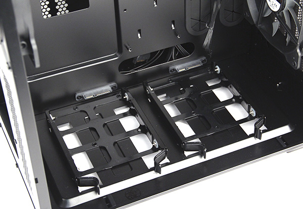 There are two 3.5-inch drive bays at the bottom of the primary chamber with SATA connectors.