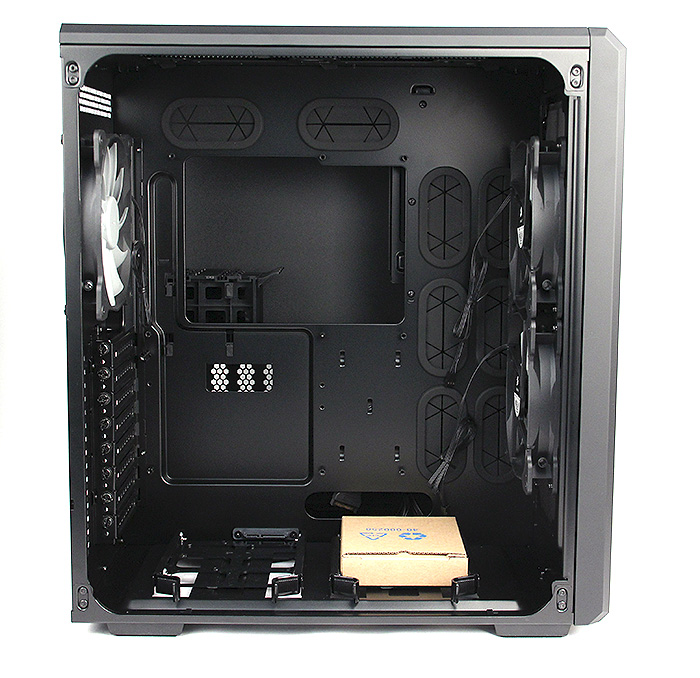 The Corsair 540 has a spacious interior that we think most users will find sufficient. Notice the numerous grommets for cable management.