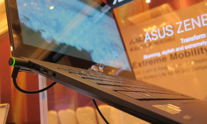 The more premium ASUS Zenbook UX301 has a thinner profile, and lighter body, as well as a more powerful Intel Core i7 CPU (and onboard GPU), and a much sharper WQHD 2560 x 1440p display.