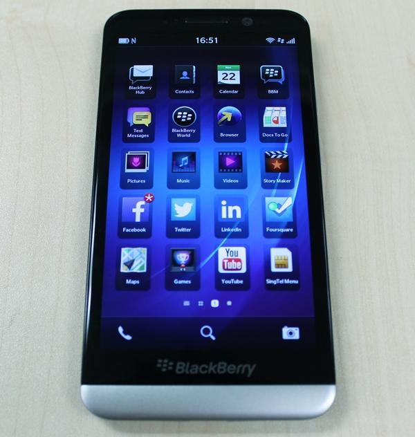 صور موبايلات البلاك بيرى BlackBerry Z30