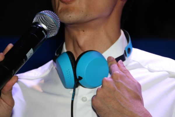 Those who preorder the Lumia 1520 will also get a set of Coloud Boom headset.