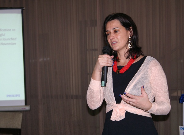 Fabia Tetteroo-Bueno, the General Manager of Philips Lighting sector, discussed some of the company's achievements for 2013 during a media appreciation event last week.