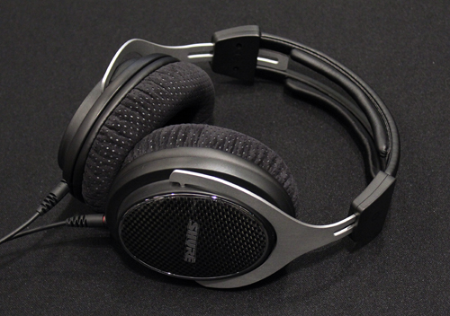 Expect the Shure SRH1540 markets in early 2014 FOR A PRICE OF s$699.