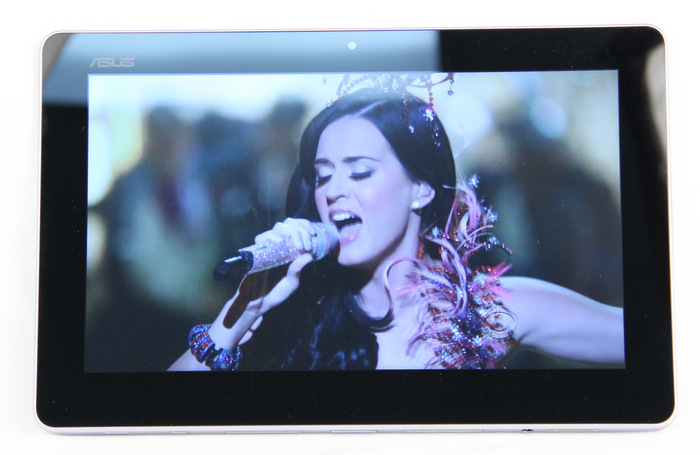 The Trio's removable display is also a standalone Android tablet.