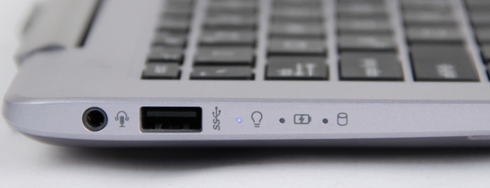 The audio combo jack, USB 3.0 port, and its status LEDs are found on the left of the machine. However, we don't expect users to often check the status LEDs if they are located on the left of the machine. Why wasn't it placed in plain view above the keyboard or at front edge defies reasoning for its existence in the first place.