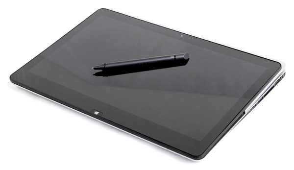 In tablet mode, users can interact with the Fit 13A using its multitouch display as well as its bundled digitizer (powered by N-Trig technology).