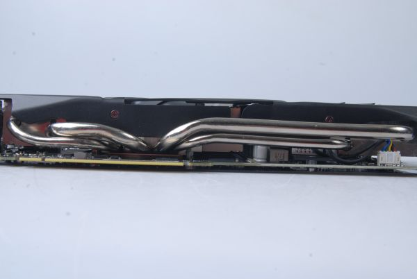 The infamous heatpipes of ASUS's Direct CU II cooling technology makes a comeback on this card.
