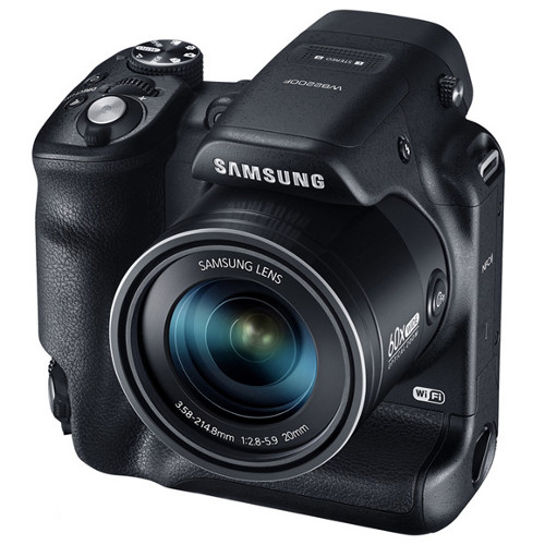 Dual-grip aside, the Samsung WB2200F comes with 60x optical zoom.
