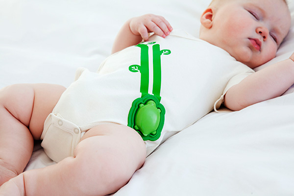 The smart baby onesie (Mimo) from Rest Devices with the Intel Edison.
