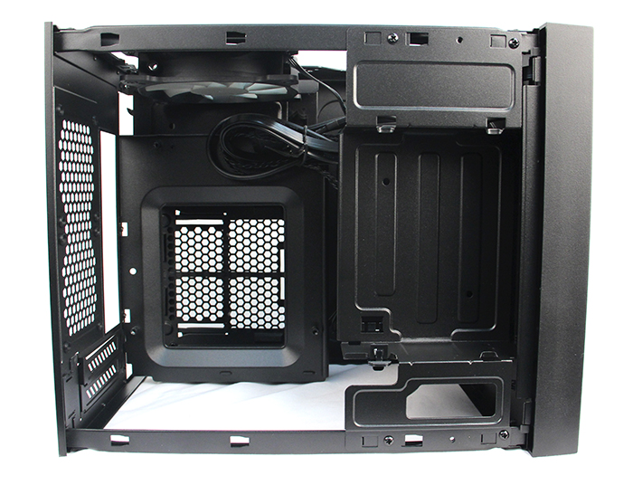 The insides of the Obsidian Series 250D can be divided into two levels. The top level houses the motherboard tray and 5.25-inch external drive bay, while the bottom is where the PSU bay and HDD cage sit.