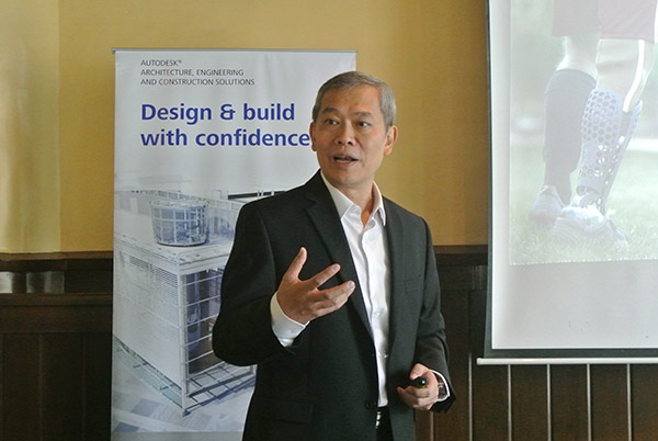 Autodesk Country Manager for the Philippines, Teddy Tiu, looked back at what Autodesk's 2013 was and shared his insights for the year 2014 during the media briefing.