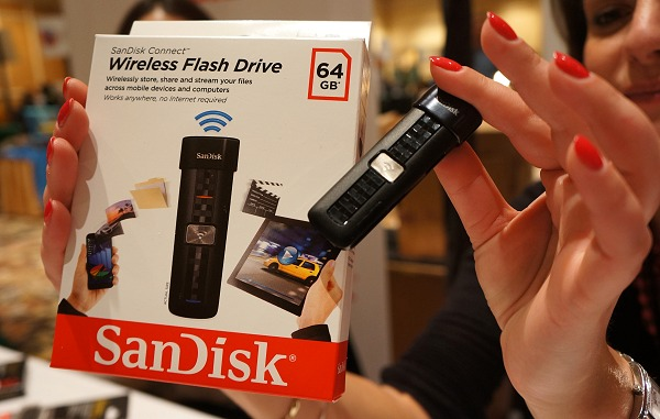 No expandable storage? SanDisk to the rescue!