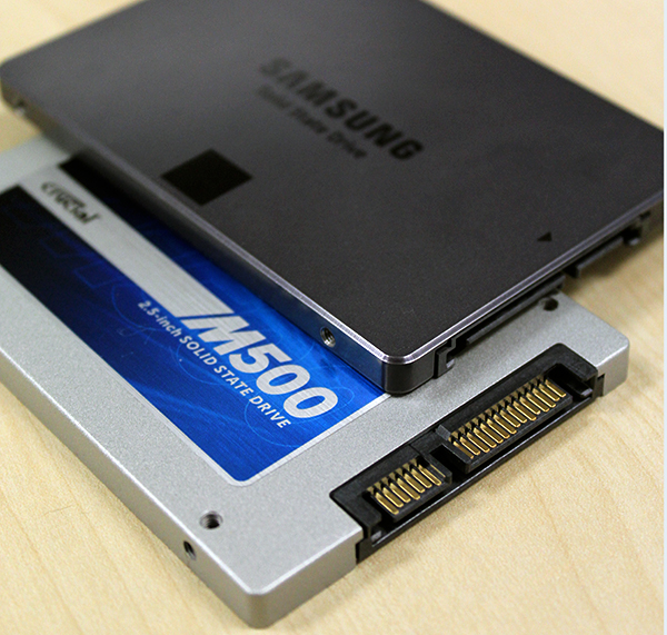 Needless to say, both drives support the latest SATA 6Gbps interface.