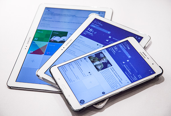 The Samsung Galaxy TabPRO 12.2, 10.1 and 8.4 tablets. From the way the logo is printed and home button is located on these devices, both the 12.2 and 10.1 versions are used in the landscape orientation while the TabPRO 8.4 is used in the portrait orientation.