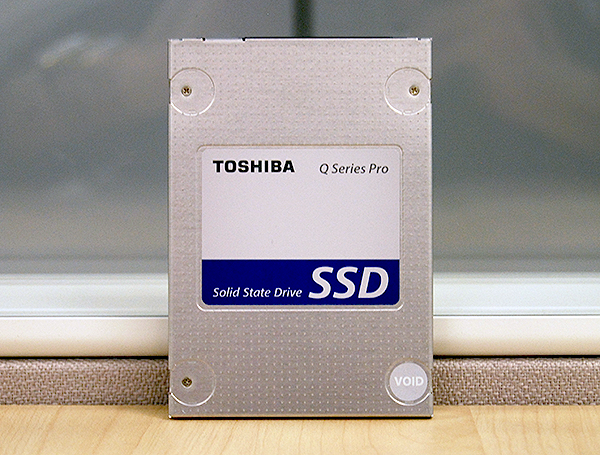 Most of the drives here use Toshiba memory, so it is only fitting that Toshiba themselves want to have a crack at the market.