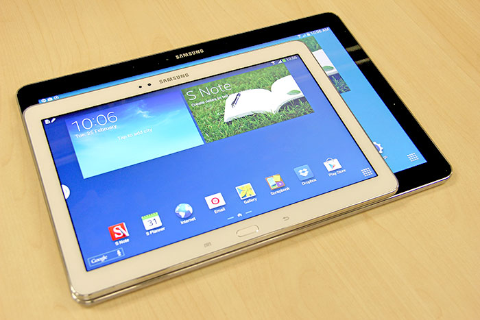 Samsung has been very aggressive with its tablet strategy this year. Seen here are the Samsung Galaxy Note Pro 12.2 LTE (black) and Samsung Galaxy Note 10.1 2014 Edition (white).