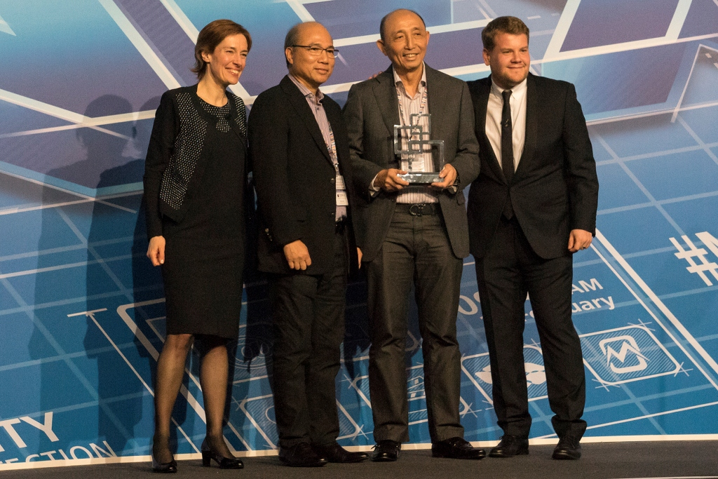Smart chief wireless advisor Orlando B. Vea (second from left) and Smart president and CEO Napoleon L. Nazareno (third from left) receive an award for SafePH at the GSMA Global Mobile Awards ceremony in Barcelona.