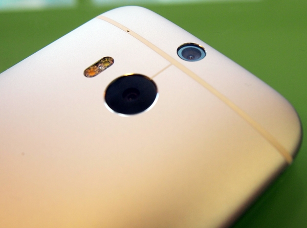 The HTC One (M9) Hima is said to come with two 20MP cameras at the back.