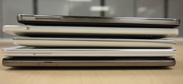From top to bottom: Samsung Galaxy Note 3, HTC One Max, LG G Pro 2, Oppo N1, Huawei Ascend Mate.