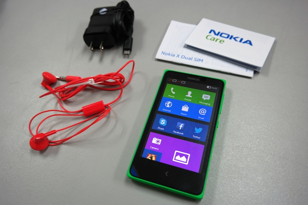Out of the box, the Nokia X comes with a microUSB charger and a bright-colored headset.