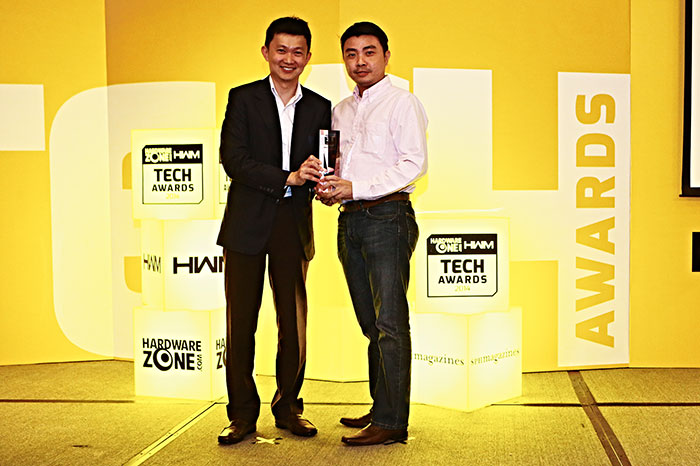 SanDisk took home two Readers' Choice awards: Best SSD Brand and Best Removable Flash Storage Brand. Here's Mr. Mark Eng, Country Sales Manager for SanDisk, accepting the awards.