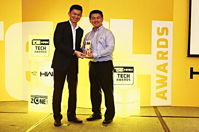 Seagate won the Readers' Choice award for Best NAS Brand. Accepting the trophy was Mr. Ronnie Ng, Senior Country Manager, ASEAN, Seagate.