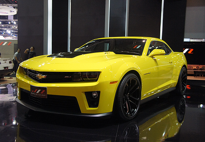 The Camaro ZL1 has 580hp, 754nm of torque and can hit 100km/h in under four seconds. It also has a top speed of nearly 300km/h and can complete the quarter-mile in 12 seconds. This is Bumblebee on steroids.