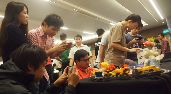 There was a demo station at the event for the attendees to try out the different camera features of the ASUS ZenFone 5.