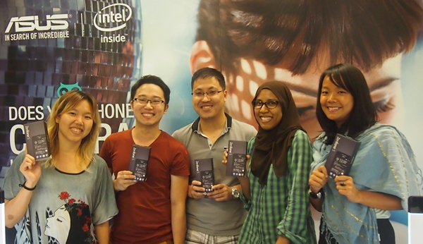 Five lucky participants were selected to review the ASUS ZenFone 5 for a week.