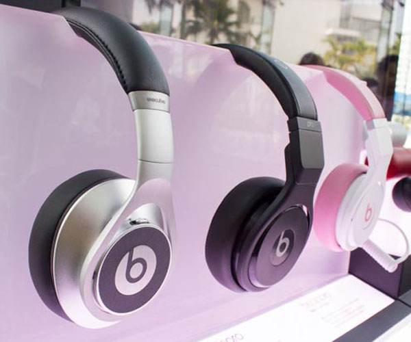 L to R: Beats Executive, Beats Pro (Black), and the Nicki Pink Beats Pro.