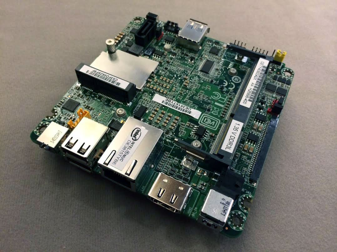Despite the taller form factor, Thin Canyon  still utilizes the compact 4 x 4 inch motherboard of previous NUC kits.