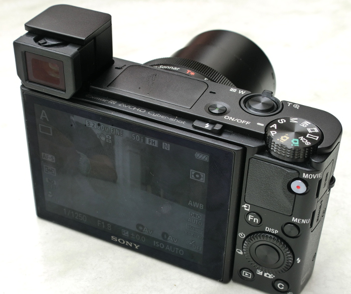 The RX100 III now comes with an electronic viewfinder, with the built-in flash being moved to the center of the camera.