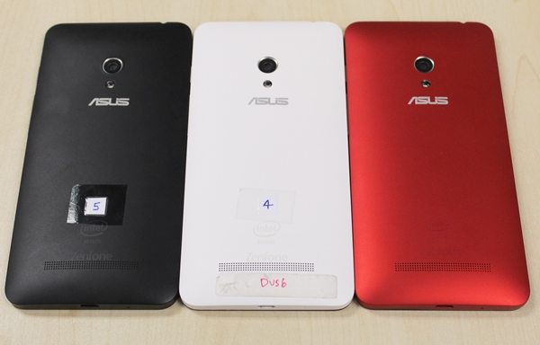 That said, ASUS Singapore will bring in the black and white models at launch; the red variant will be available at a later date.