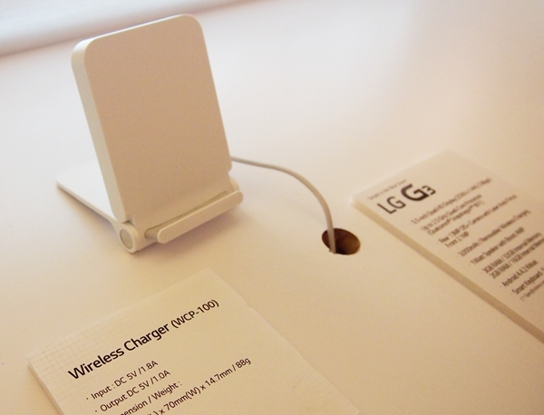 The new LG Wireless Charger (WCD-100) is available for purchase at S$68.