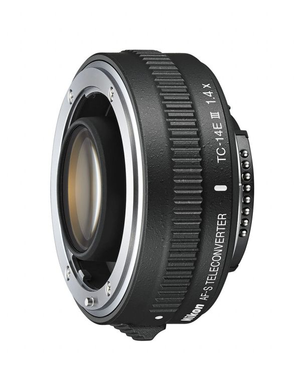 This 1.4x teleconverter gives users that extra reach.