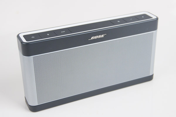 Slim and portable, the SoundLink III offers great sound from a compact package.