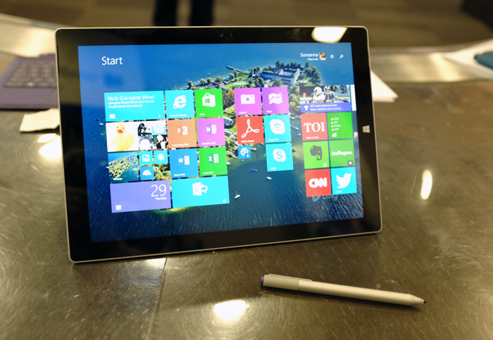 Windows 8.1 looks much better on the bigger 12-inch display and 3:2 ratio.