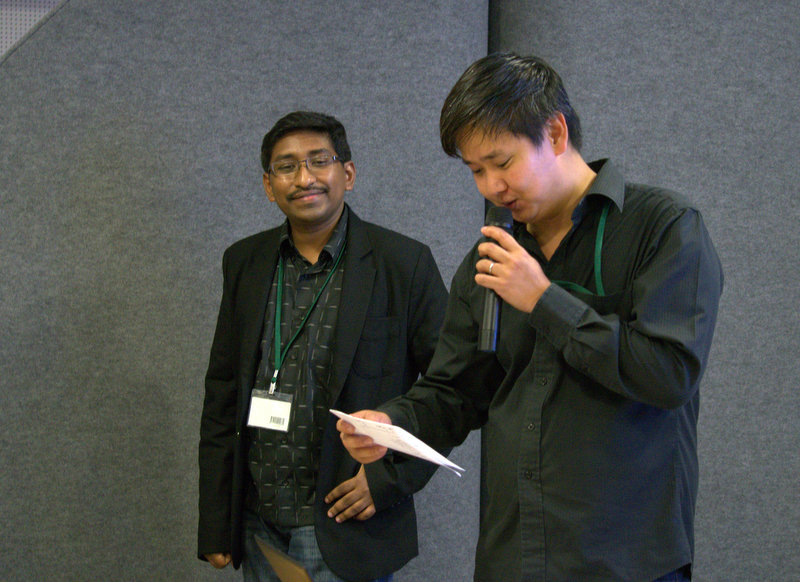 HardwareZone Editor Vijay and Associate Editor Chong Seng asked some very challenging questions, but the winner will get a Samsung Galaxy Tab S worth more than S$900.
