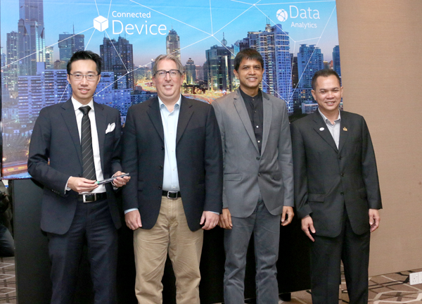 (From L-R) Sim Hon Wai, General Manager, MDT Innovations; Christopher Kelly, Director of Intel Architecture Group, Intel Malaysia; Prakash Mallya, Country Manager, Sales and Marketing, Intel Malaysia and Singapore; and Hasannudin Saidin, Director of Digital Entrepreneurs Division, Multimedia Development Corporation (MDeC), made up the roundtable panel.