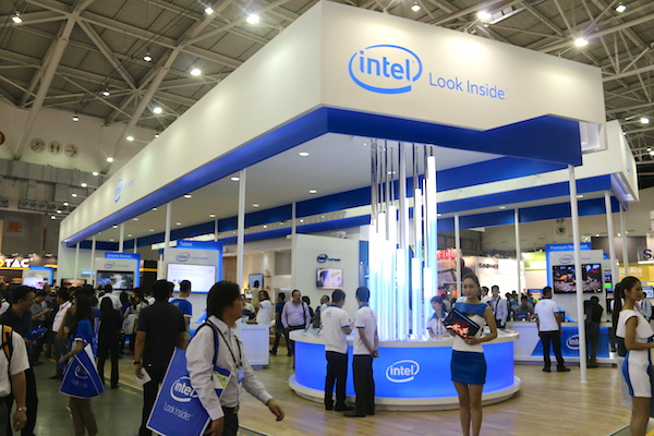 Exhibition Stand Fitter Jobs : Computex sights and sounds from intel s booth