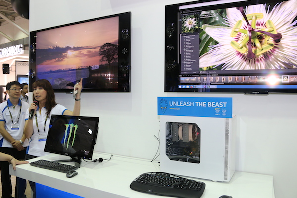The Devil's Canyon system here delivers video playback and image processing simultaneously on two displays without breaking a sweat. Oh, and did we mention that they are both 4K displays?