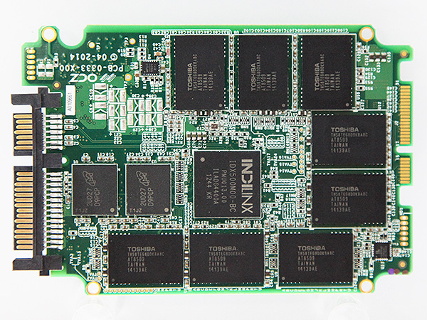 As you can see from the PCB of the new Vertex 180 series, it uses OCZ's proprietary Indilinx Barefoot 3 M00 controller as well as the new Toshiba A19nm NAND.